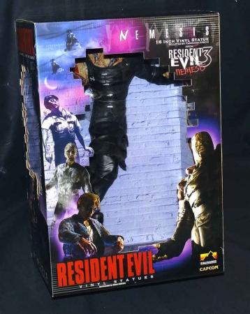"Resident Evil 3 Nemesis 16"" Vinyl Statue Sealed in Box 2000 Palisades/Capcom"